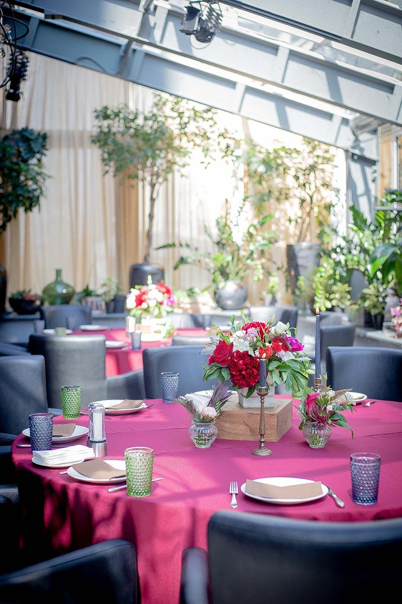 Цветочная композиция на стол гостям