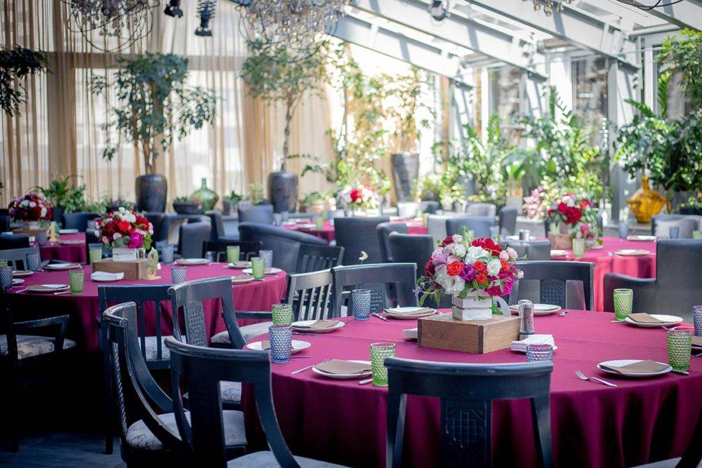 Свадебная флористика для гостевых столов